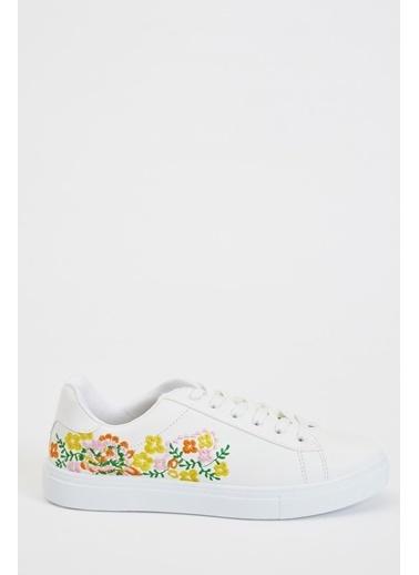 DeFacto Çiçek İşlemeli Bağcıklı Sneaker Ayakkabı Beyaz